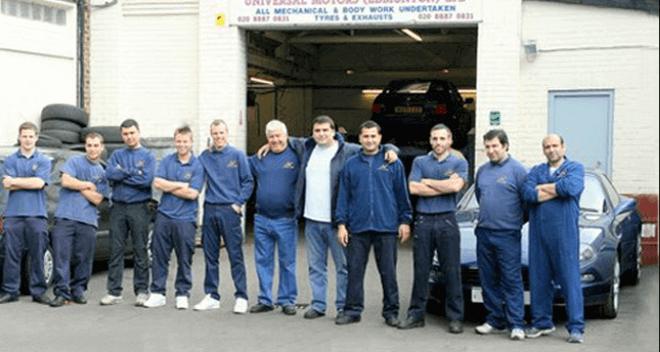 All mechanics outside garage